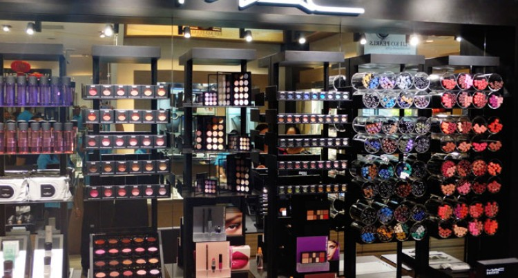 Tappoos Brings MAC Cosmetics To Fiji