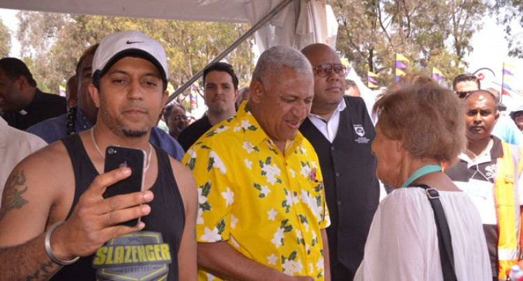 Aust Fijians Hail Our PM