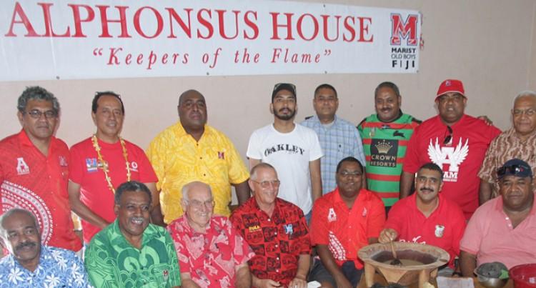 Marist ex-scholars honour Brothers