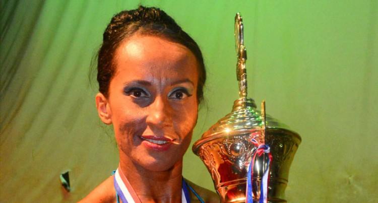 Elizabeth Maki Is Crowned Ms Fiji