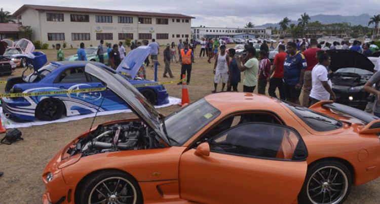 Car Show Successful In The West