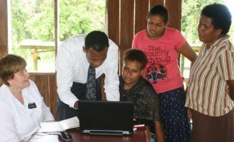 Nakawakawa Villagers Trace Family