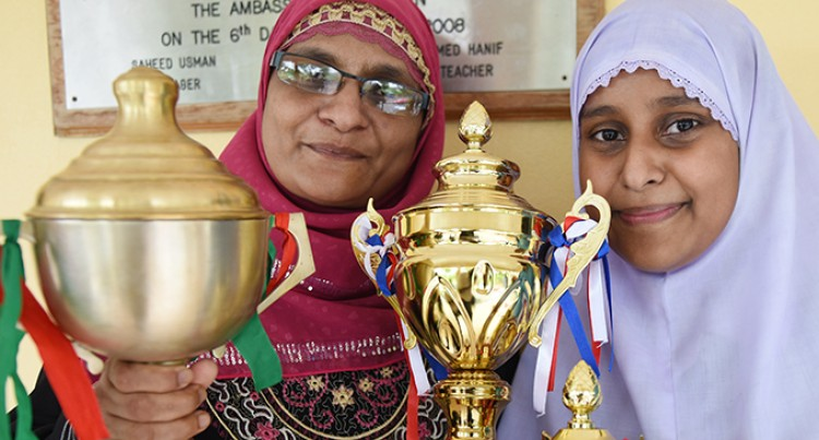 Dux Fazia Ali Makes Parents Proud