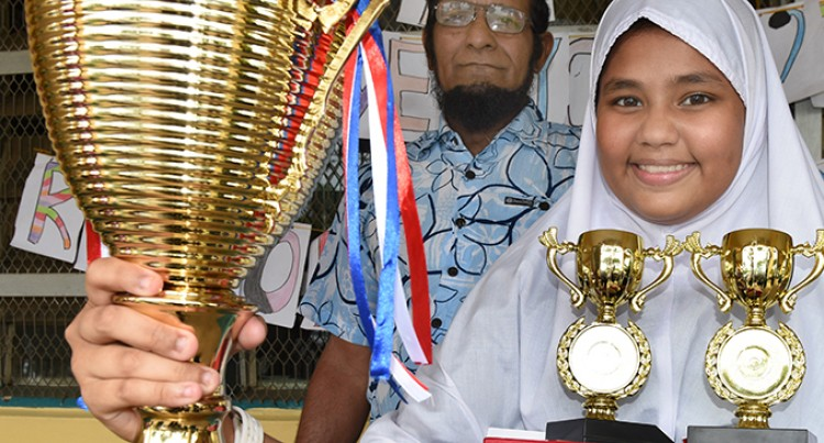 Shaazleen proud after receiving Dux Award for Urdu