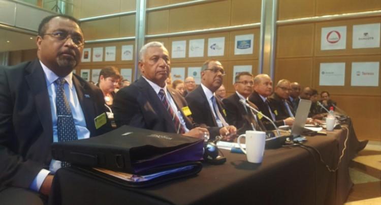 PM Leads Delegation At Sugar Meet