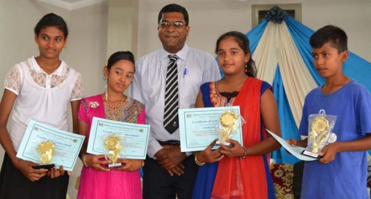 Minister Reddy Awards Northern Students