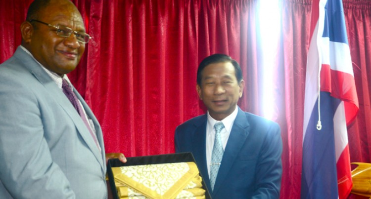 Naiqamu Welcomes Thai  Agriculture Minister