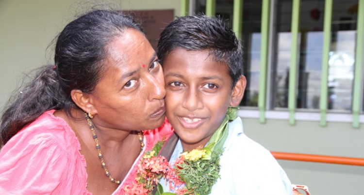 Headboy Makes Cancer Surviving Mother Proud