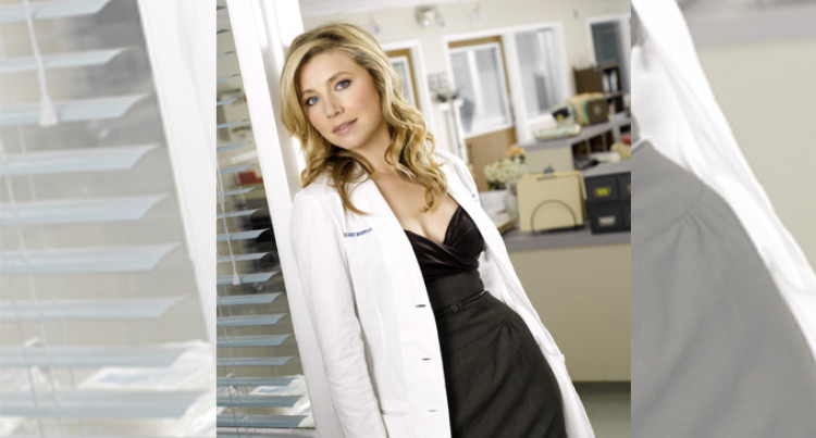 Sarah Chalke : A Born And Bred TV Actress