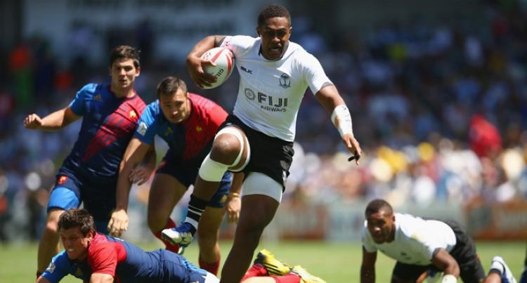 Fijians Warm Up