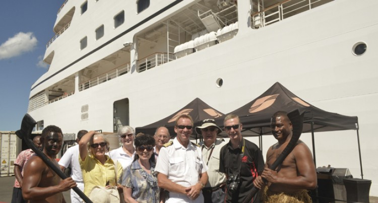 Seabourn Odyssey Arrives With Tourists And Help