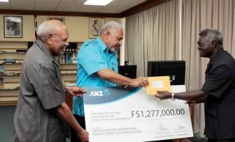 Prime Minister Bainimarama Receives $1.2M From  Solomon Islands Counterpart