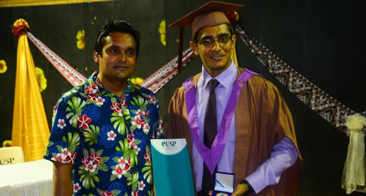 Ex-Lelean Scholar Wins MBA Gold Medal