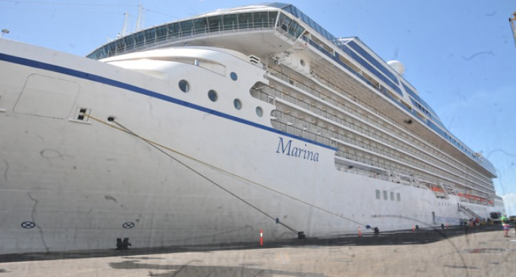 Cruise Ship Brings In 1227 Tourists To Sugar City