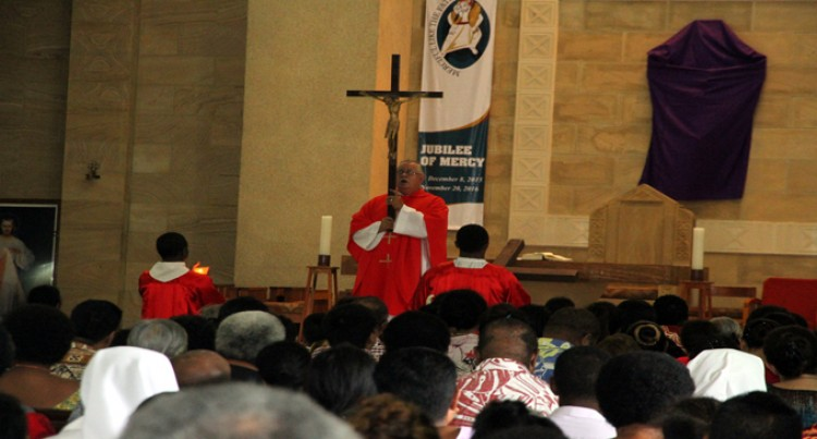 Don't Give Up, Carry Your Cross, Seek God: Fr Williams Tells