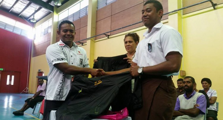 Fiji Yat Sen Alumni  Assist School Athletes
