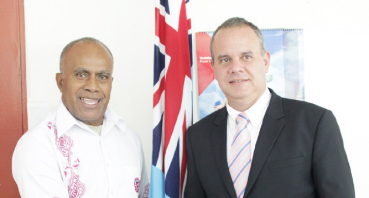 Cuba and Fiji to Strengthen Relations