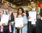Kumar Dedicates Award To Wife