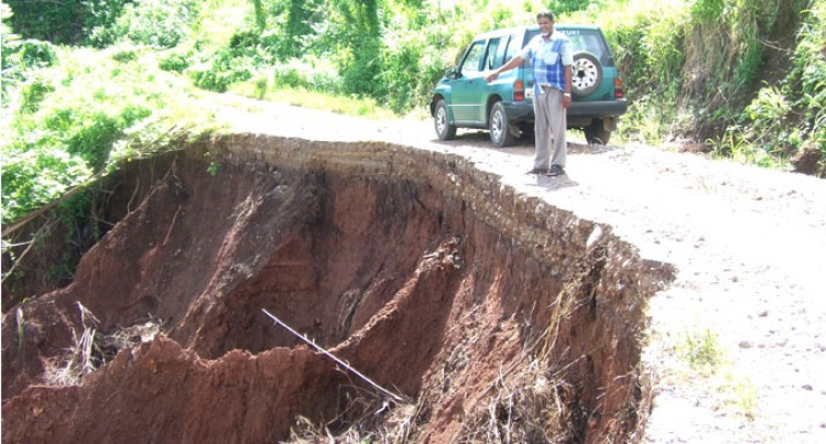 Families Travel Dangerously; Call For Help To Repair Road