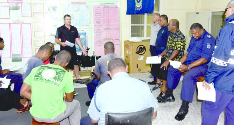 Police Maritime Officers Taught How To Operate Outboards