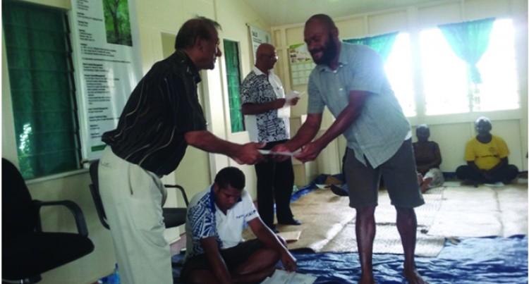 Former Fijian Resident  Donates Housing Materials