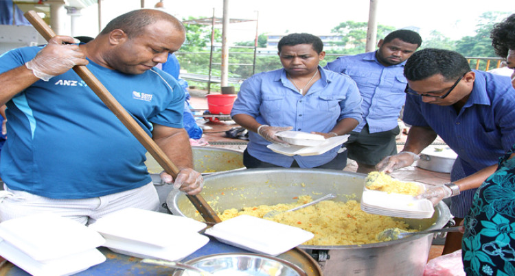 Suva Temple Hands Out 1000 Food Packs