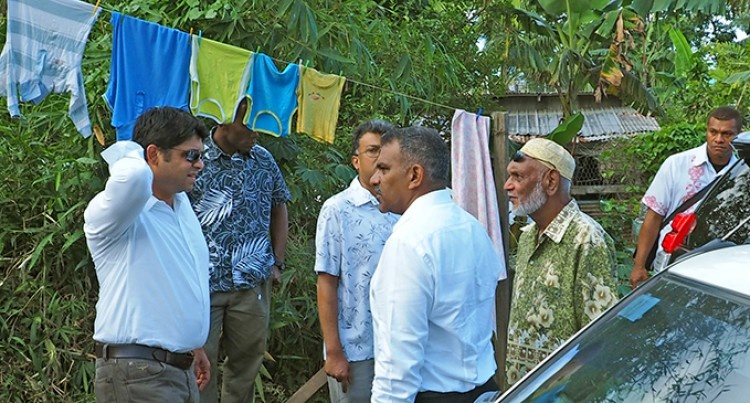 Sayed-Khaiyum Pays Last Respects To Former Driver