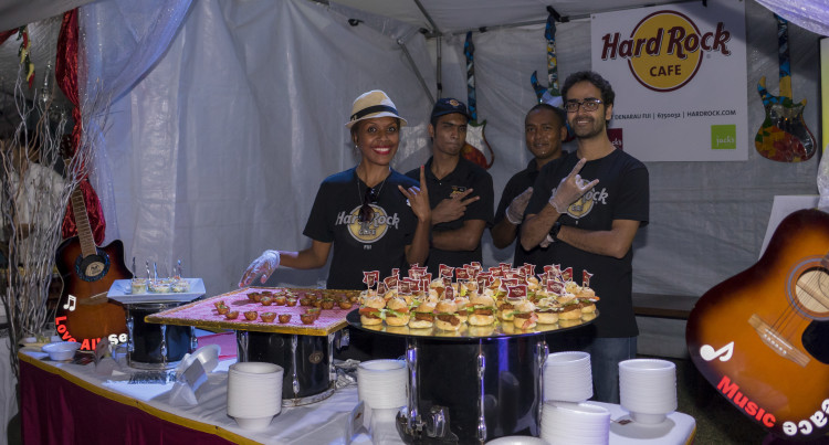 Industry Displays Signature Dish Attracting Buyers