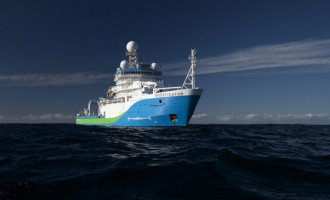 Research Vessel Visits Fiji