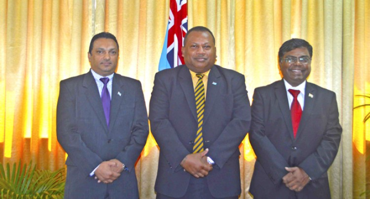 Seruiratu Welcomes Indian High Commissioner