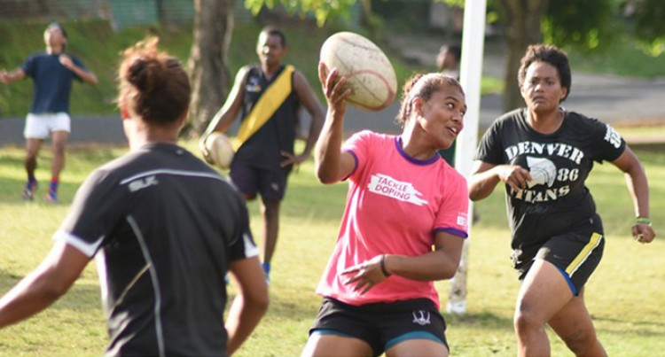 Taveuni Girl Eyes 7s Spot
