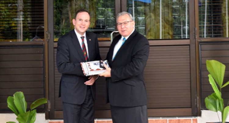 Dutch Envoy Pays Courtesy Visit
