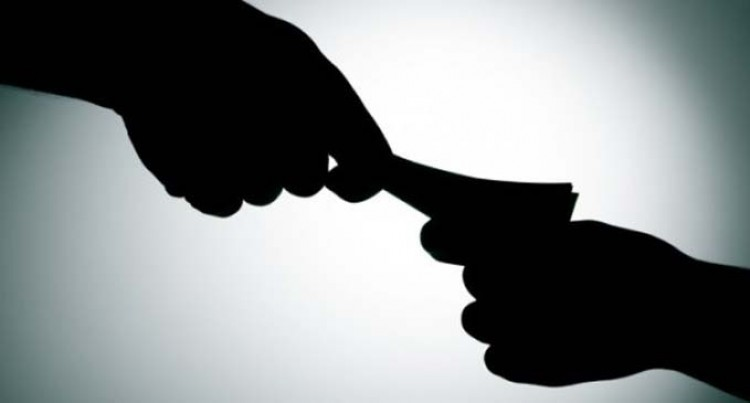 Police Officer Guilty Of Bribery