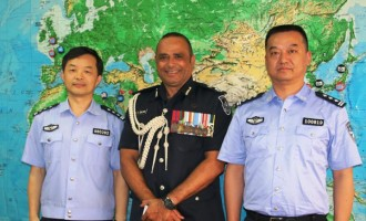 Chinese Police Consultants In Fiji To Share Knowledge & Expertise