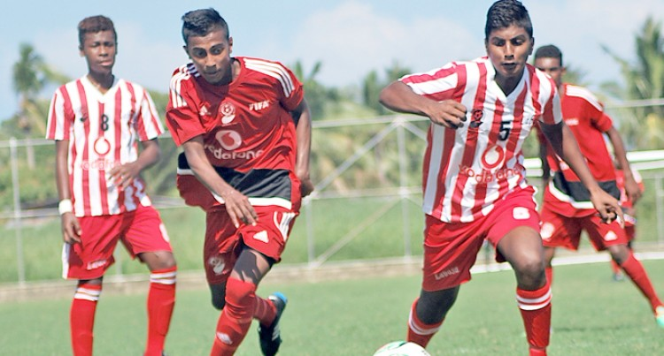 Vodafone U17 Battle Continues