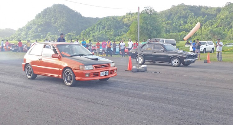 Awards, Passes And Prizes Up For Grabs At The Drags