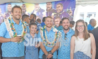 Natalie Finds It Hard To Leave Fiji