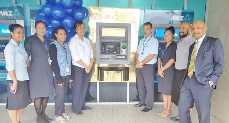 ANZ Unveils Gold ATM In Honour Of Our Sevens Team Win In Rio