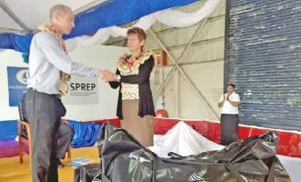 Kiwis Give $1.25m Oil Spill Response Gear