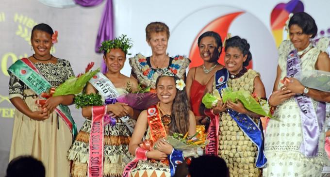 Miss Apco Wins Teens Crown