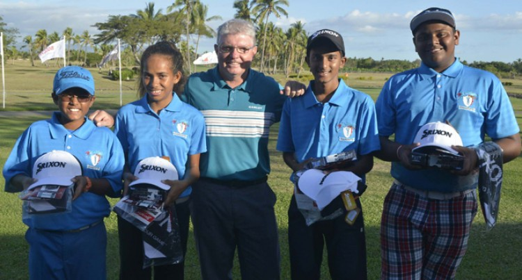 Junior Golfers To Noumea