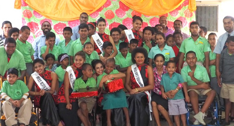 Contestants Visit Nausori Special School