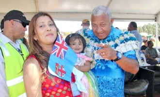 Big  Turnout For PM At Fiji Day In Sydney