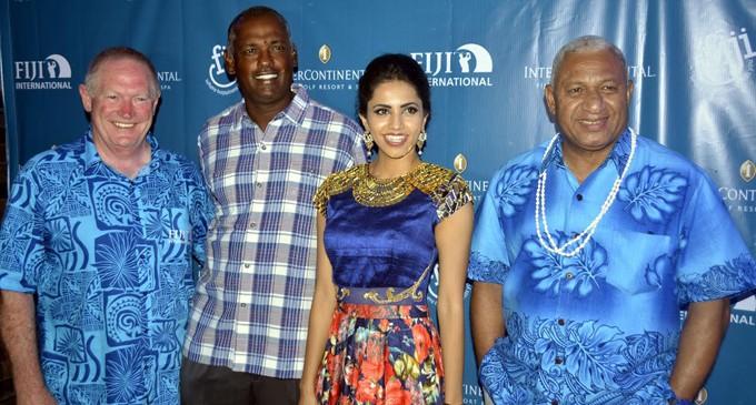 Houston leads Australian-dominated Fiji International