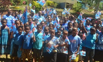 Wairiki Students Welcome Minister