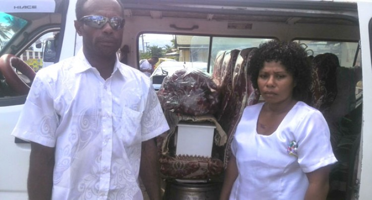 US Good Samaritan contributes to funeral