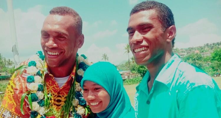 Kolinisau Inspires Students: Hussein