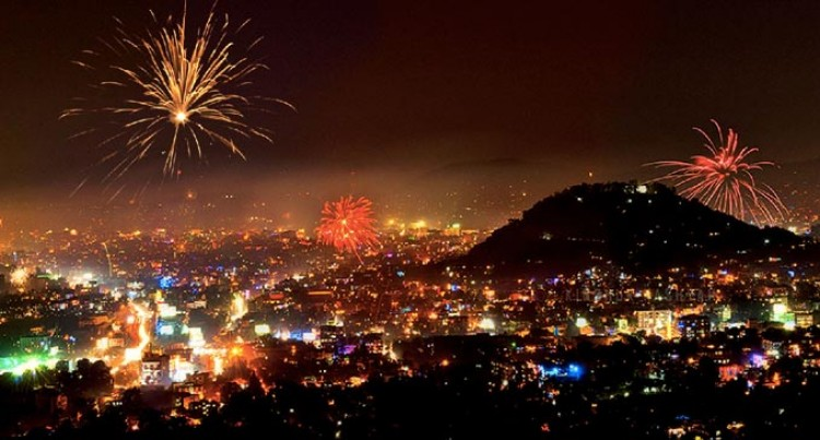 No Restriction On  Use Of Firecrackers For Diwali  Festival