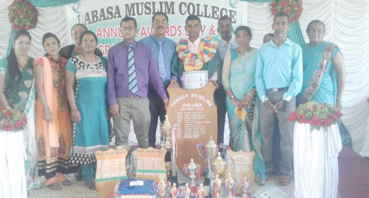 35 Bid Farewell To Their School