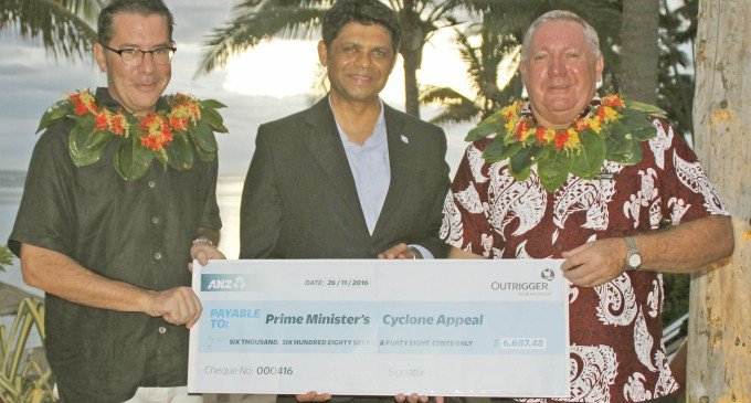 A-G Praises Resort for Investing In Its People